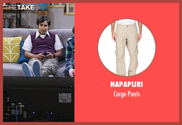 Napapijri beige pants from The Big Bang Theory seen with Raj Koothrappali (Kunal Nayyar)