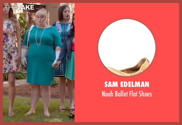 Sam Edelman gold shoes from Pitch Perfect 2 seen with Rebel Wilson (Fat Amy)