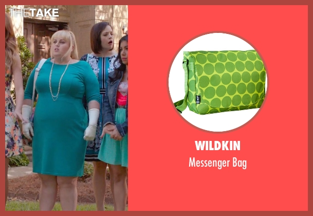 Wildkin green bag from Pitch Perfect 2 seen with Rebel Wilson (Fat Amy)