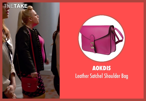 Aokdis pink bag from Pitch Perfect 2 seen with Rebel Wilson (Fat Amy)