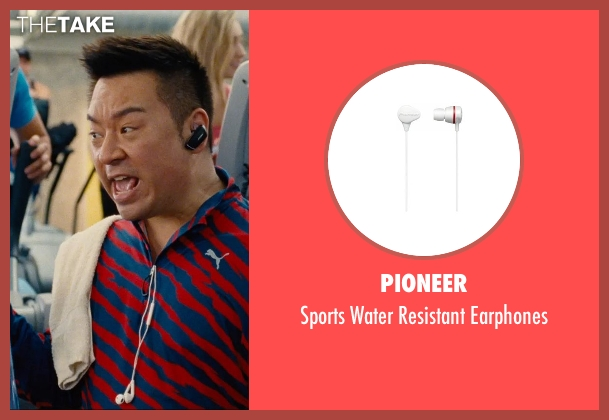 Pioneer white earphones from Entourage seen with Rex Lee (Lloyd)