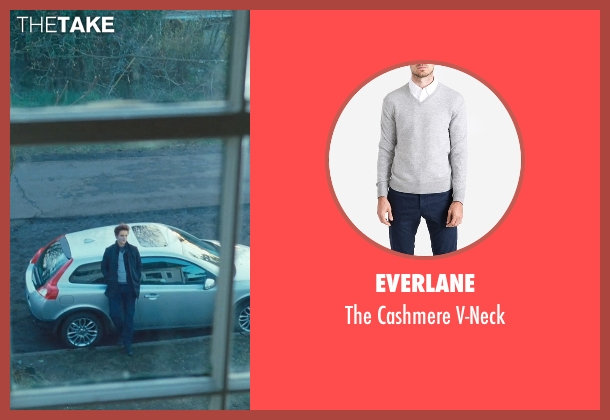 Everlane gray v-neck from Twilight seen with Robert Pattinson (Edward Cullen)