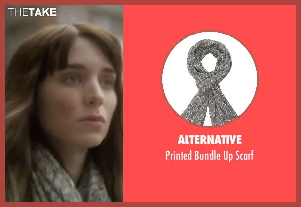 Alternative gray scarf from Side Effects seen with Rooney Mara (Emily Taylor)