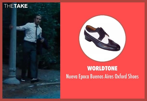 Stacy Adams white shoes from La La Land seen with Ryan Gosling (Sebastian)