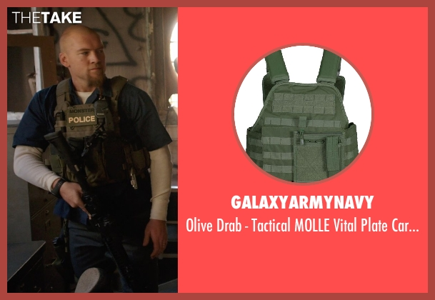 galaxyarmynavy vest from Sabotage seen with Sam Worthington (James 'Monster' Murray)