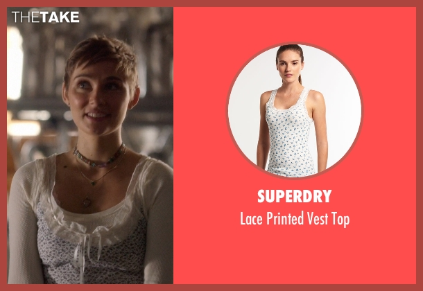 Superdry white top from Nashville seen with Scarlett O'Connor (Clare Bowen)
