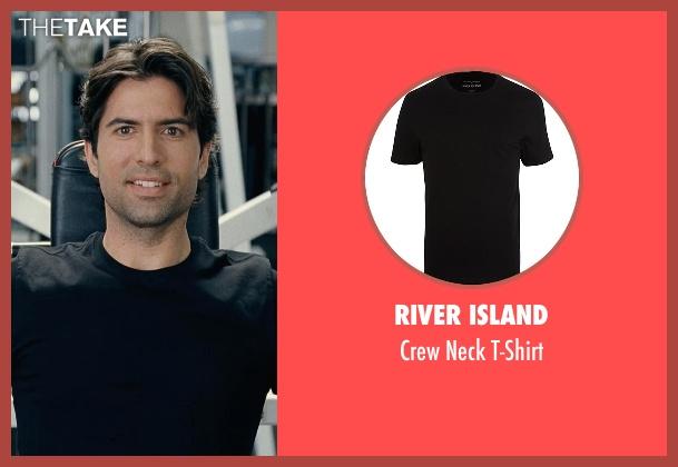 River Island black t-shirt from Couple's Retreat seen with Scott Burn (Trainer)