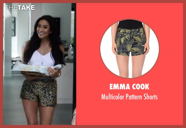 Emma Cook green shorts from Mother's Day seen with Shay Mitchell (Tina)