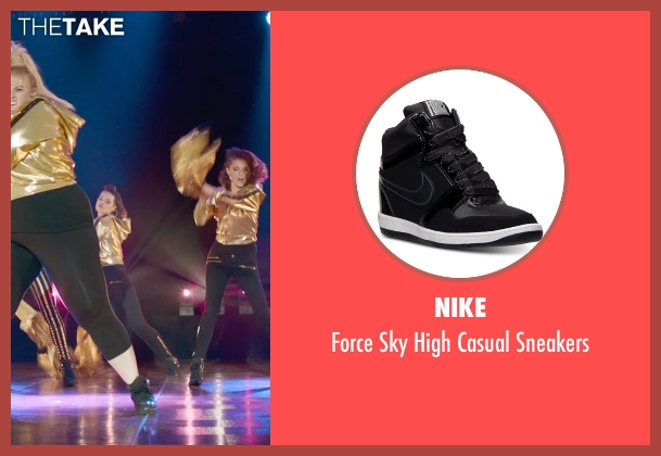 Nike black sneakers from Pitch Perfect 2 seen with Shelley Regner (Ashley)