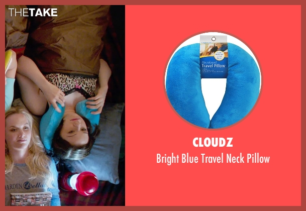 Cloudz pillow from Pitch Perfect 2 seen with Shelley Regner (Ashley)