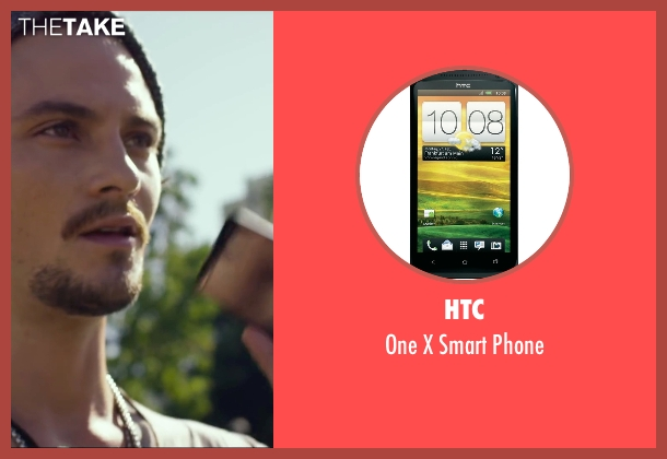 HTC phone from We Are Your Friends seen with Shiloh Fernandez (Ollie)