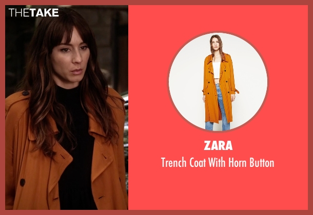 Zara orange button from Pretty Little Liars seen with Spencer Hastings  (Troian Bellisario)