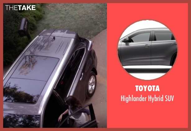 Toyota suv from Pretty Little Liars seen with Spencer Hastings  (Troian Bellisario)