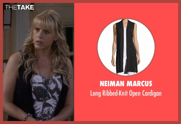 Neiman Marcus black cardigan from Fuller House seen with Stephanie Tanner (Jodie Sweetin)