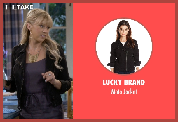 Lucky Brand black jacket from Fuller House seen with Stephanie Tanner (Jodie Sweetin)