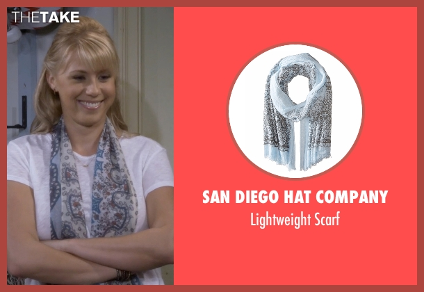 San Diego Hat Company blue scarf from Fuller House seen with Stephanie Tanner (Jodie Sweetin)