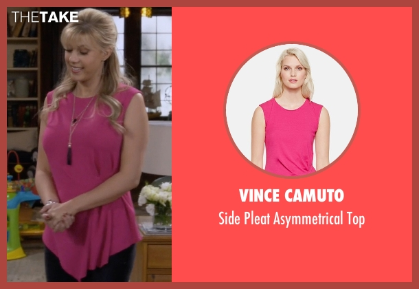 Vince Camuto pink top from Fuller House seen with Stephanie Tanner (Jodie Sweetin)