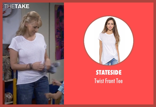 Stateside white tee from Fuller House seen with Stephanie Tanner (Jodie Sweetin)