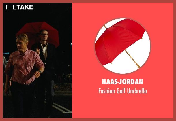 Haas-Jordan umbrella from Hall Pass seen with Stephen Merchant (Gary)