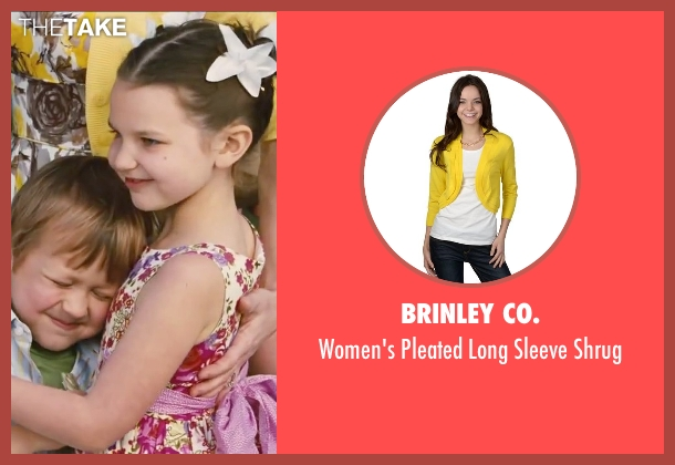 Brinley Co. yellow shrug from Little Fockers seen with Teri Polo (Pam Focker)
