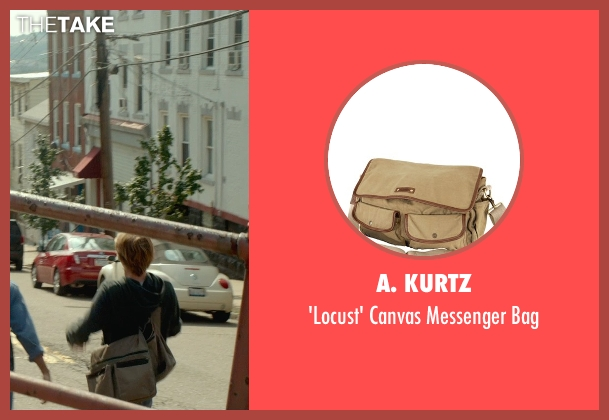 A. Kurtz beige bag from Me and Earl and the Dying Girl seen with Thomas Mann (Greg Gaines)