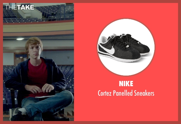 Nike black sneakers from Me and Earl and the Dying Girl seen with Thomas Mann (Greg Gaines)