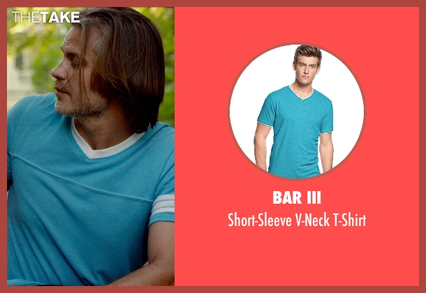 BAR III blue t-shirt from This Is Where I Leave You seen with Timothy Olyphant (Horry)