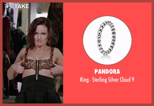 Pandora silver 9 from Sisters seen with Tina Fey (Katie Ellis)