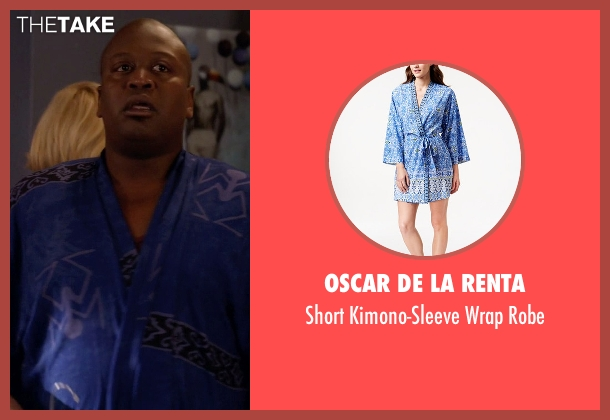 Oscar de la Renta blue robe from Unbreakable Kimmy Schmidt seen with Titus (Tituss Burgess)