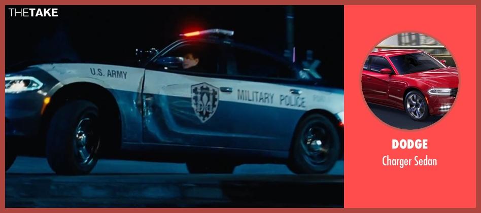 Dodge sedan from Jack Reacher: Never Go Back seen with Tom Cruise (Jack Reacher)