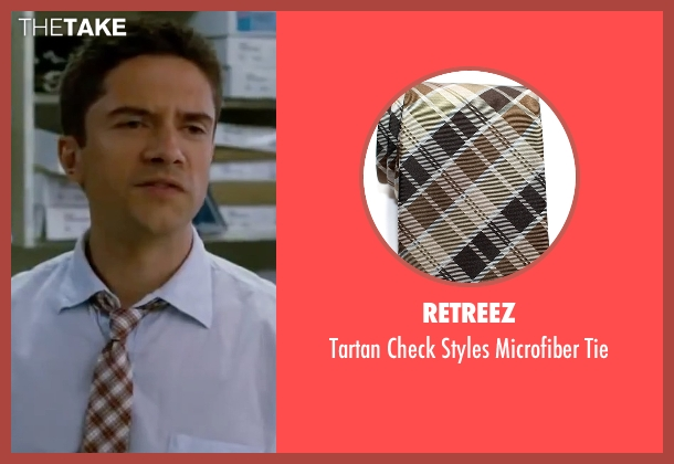 Retreez brown tie from Valentine's Day seen with Topher Grace (Jason)