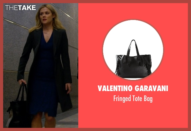 Valentino Garavani black bag from Jessica Jones seen with Trish Walker (Rachael Taylor)