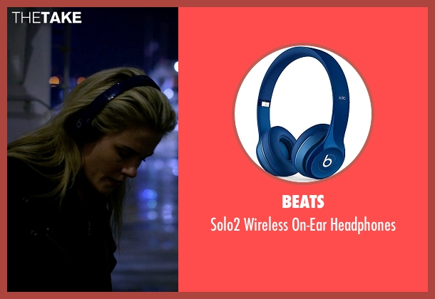 Beats blue headphones from Jessica Jones seen with Trish Walker (Rachael Taylor)