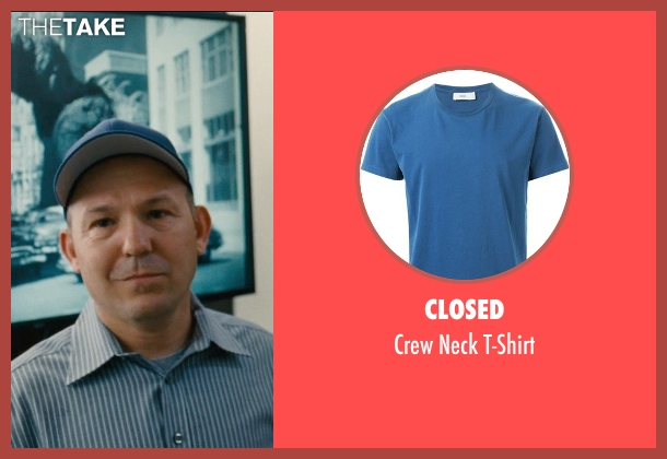 Closed blue t-shirt from Entourage seen with Unknown Actor (Unknown Character)