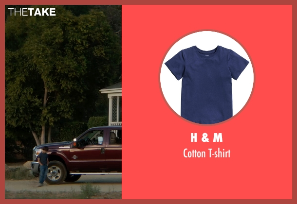 H & M blue t-shirt from Sinister 2 seen with Unknown Actor (Unknown Character)