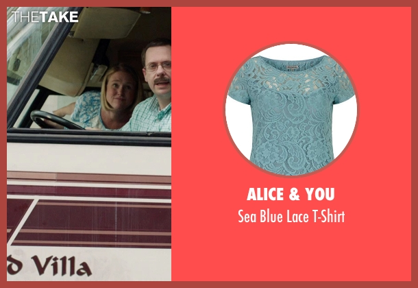 Alice & You blue t-shirt from We're the Millers seen with Unknown Actor (Unknown Character)