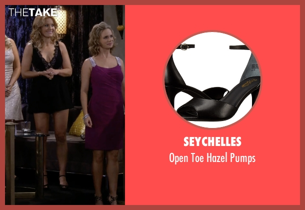 Seychelles black pumps from Fuller House seen with Unknown Character (Candace Cameron Bure)
