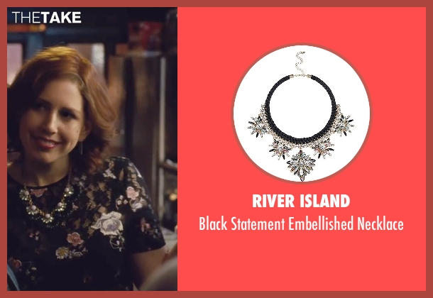 River Island black necklace from Trainwreck seen with Vanessa Bayer (Nikki)