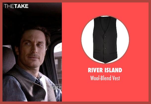 River Island black vest from Scream Queens seen with Wes Gardner (Oliver Hudson)