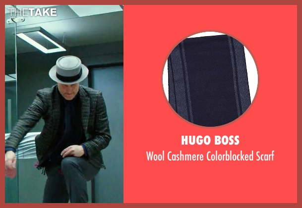 Hugo Boss blue scarf from Now You See Me 2 seen with Woody Harrelson (Merritt McKinney)