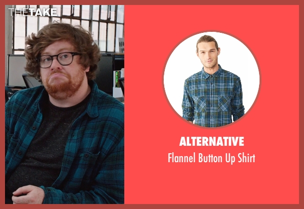 Alternative blue shirt from The Intern seen with Zack Pearlman (Unknown Character)