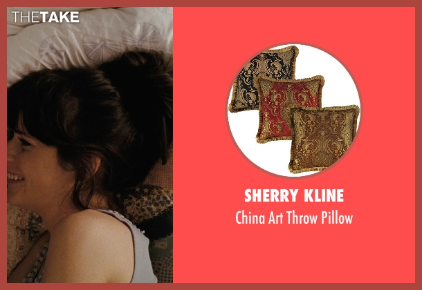 Sherry Kline pillow from (500) Days of Summer seen with Zooey Deschanel (Summer)