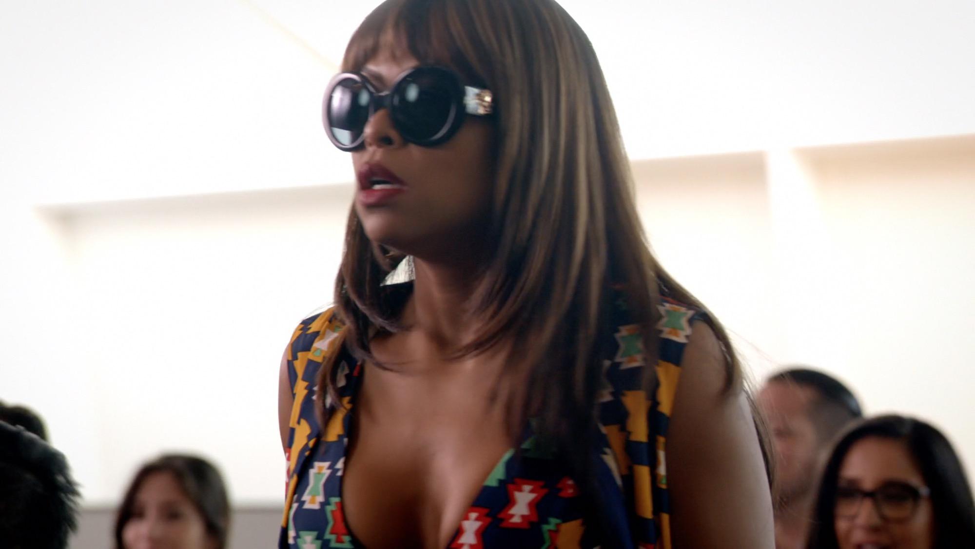 96bbc2e94a6 Cookie rocked Versace  POPMEDUSA designer frames in Season 2