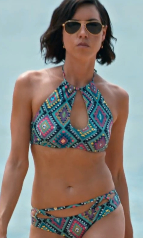 Aubrey Plaza with Forever21 Strappy Diamond Print Bikini Bottoms in Mike and Dave Need Wedding Dates