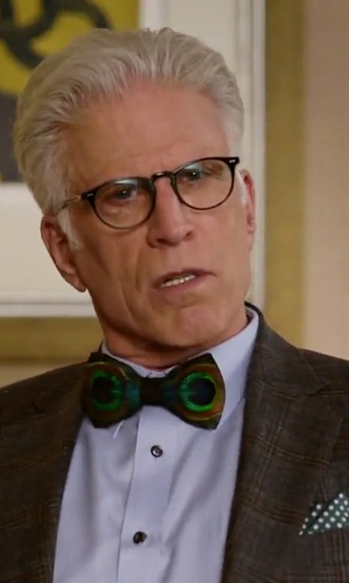 Ted Danson with Black Brown 1826 Four Panel Dot Pocket Square in The Good Place