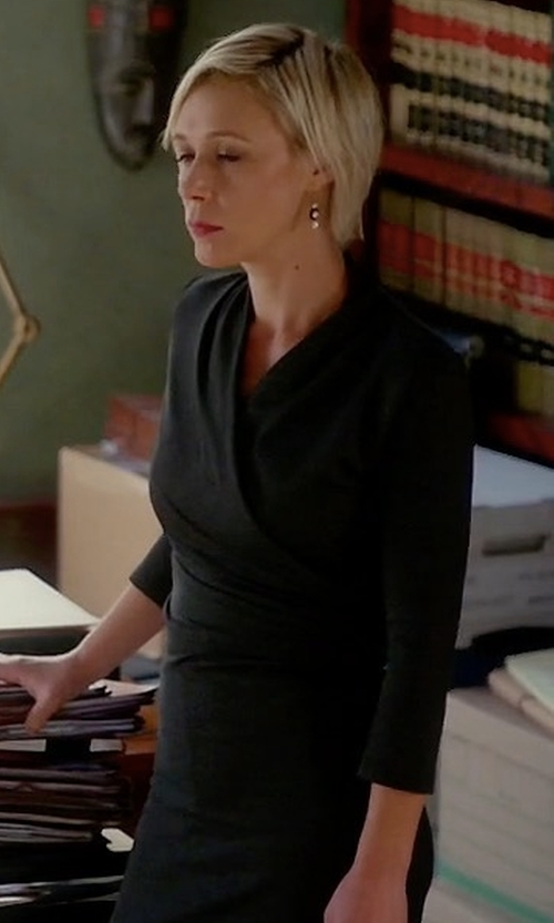 Liza Weil with Norma Kamali Kamalikulture Side Draped Dress in How To Get Away With Murder