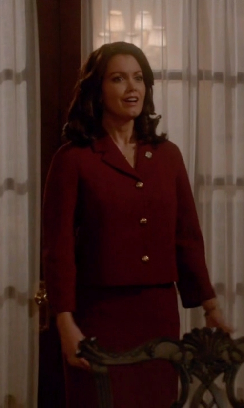 Bellamy Young with Michael Kors Bouclé-Crepe Jacket in Scandal