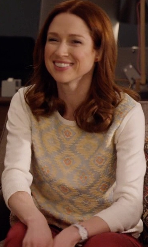 Ellie Kemper with Marc Jacobs Peggy White Leather Strap Watch in Unbreakable Kimmy Schmidt