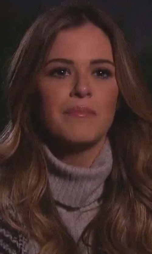 JoJo Fletcher with Frame Ribbed Hi-Lo Cashmere Turtleneck in The Bachelorette