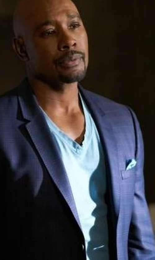 Morris Chestnut with Burberry Brit Short-Sleeve Jersey T-Shirt in Rosewood